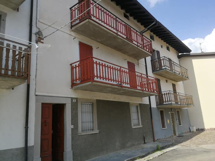 Appartamento a Costa Serina con molti posti letto