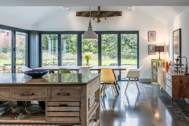 The Firs | An open-plan house with a garden