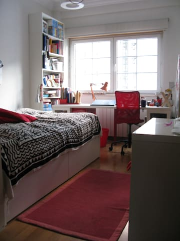 Double Bed & Private Bathroom - Lisboa - Pis