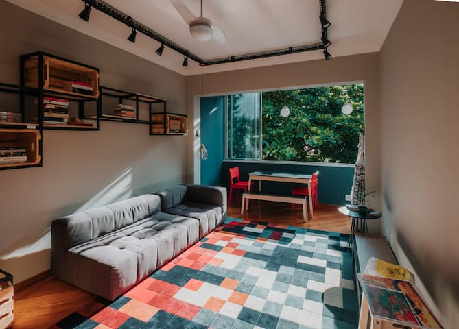 401 Art House - Room 3 (bunk bed)
