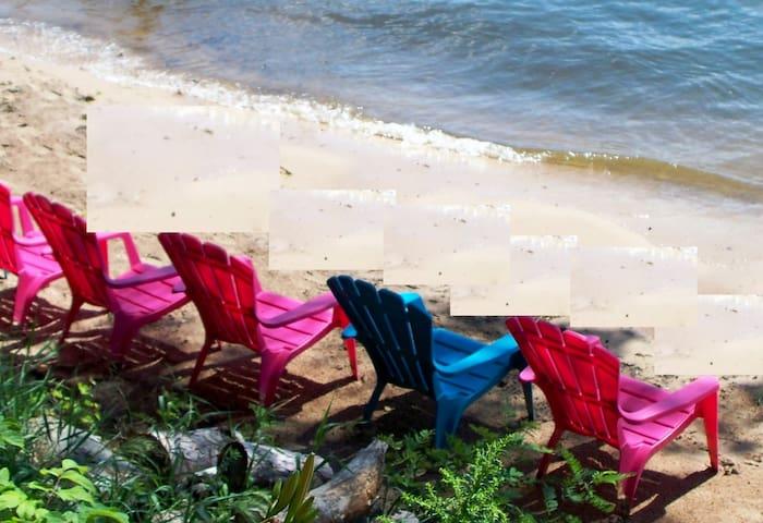 Sunset Beach WKNDS 2 nts w/3rd nt. FREE Slps 12 - Wautoma - Cabin