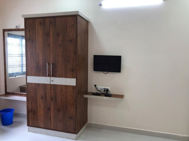 Large AC Family room in Mogappair, near Anna Nagar