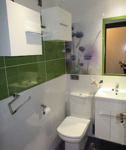 Room with private bathroom - Benidorm - Pis