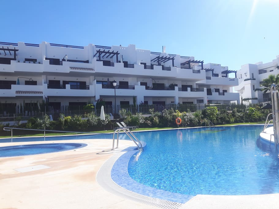 Mar De Pulpi fase 4: 2 large pools, heated jacuzzi's , 2 children pools
