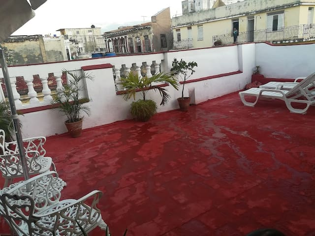 Terrace+room.2nd floor.near malecon. Gervasio 72