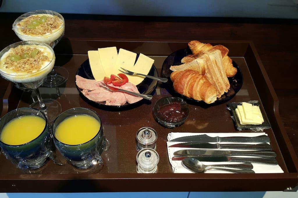 Continental Breakfast room service.