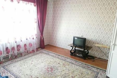 Уютная теплая 2 комнатная квартира