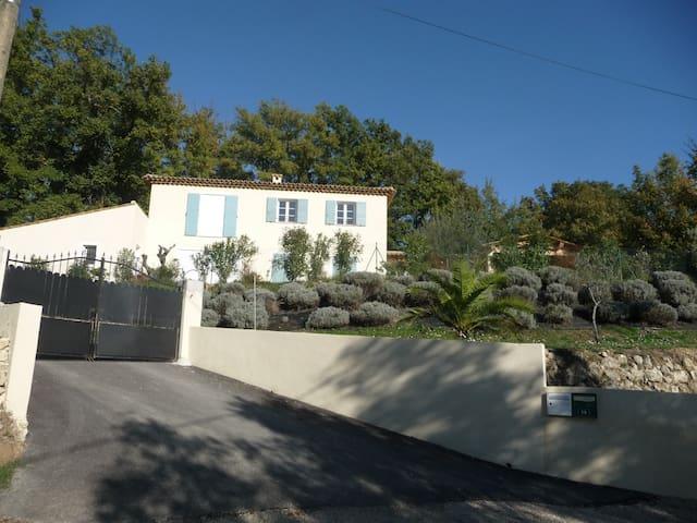 Bastide provençale Le Clos SAINT MICHEL - Montauroux