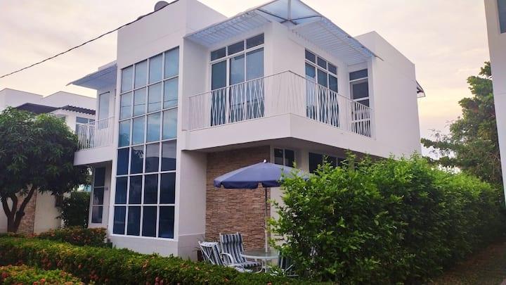 acogedora casa quinta campestre, piscina privada