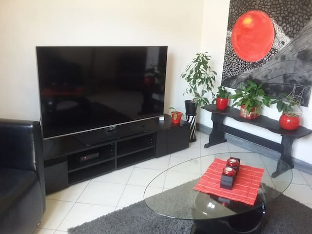 Petit salon avec tele ou chambre n0.5 selon le nombre de personnes