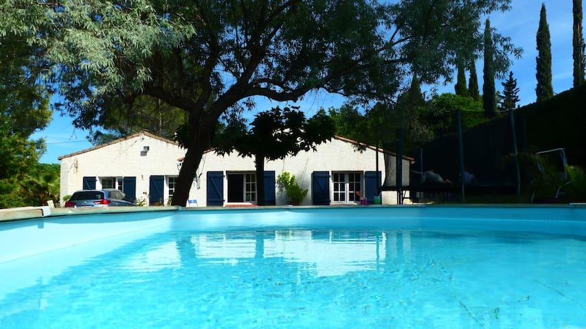 Charming Villa in Provence