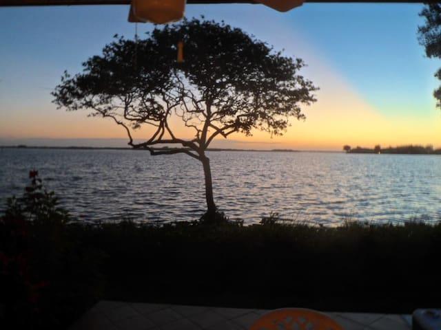 Bay View condo in a terrific resort - Bradenton Beach - Condominio