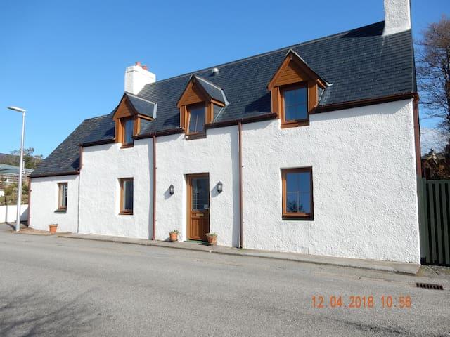 Bains House, Strath, Gairloch, IV21 2BZ