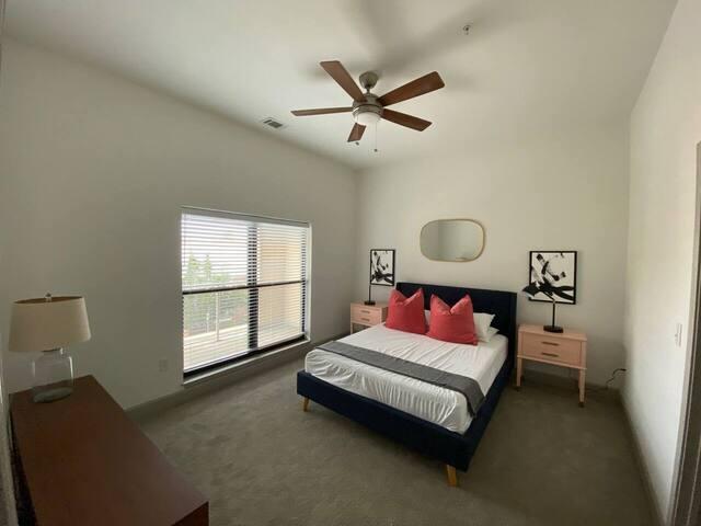 531 | 1 BED | 241 · Room & Roam | Rivermarket | Glam 1 BR + Gym & Pool