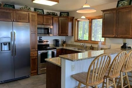 Teal Wing - Premier Lake Gogebic Vacation Home