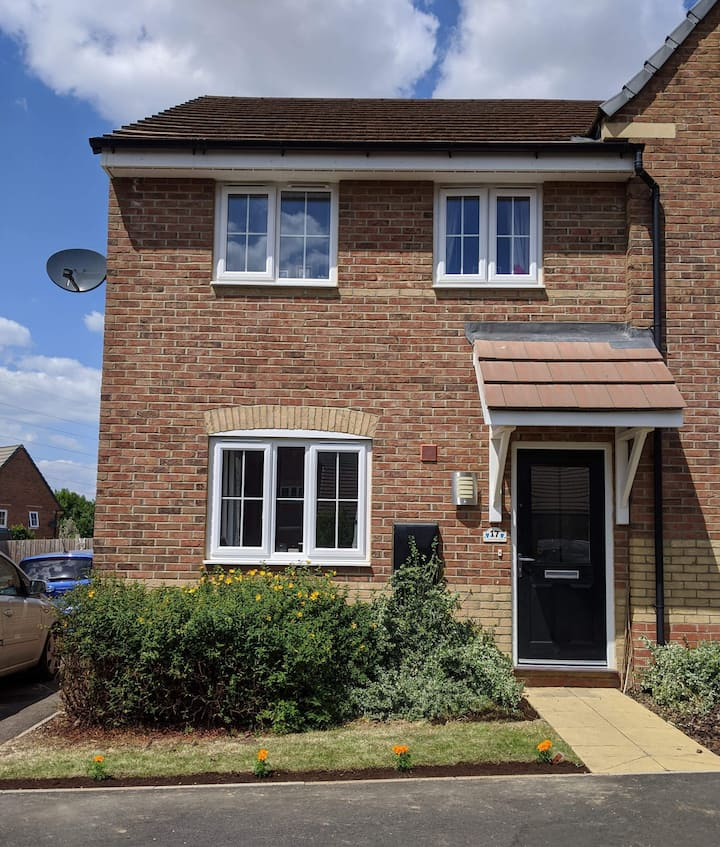Very Well Situated, a Modern & Stylish Crick Home