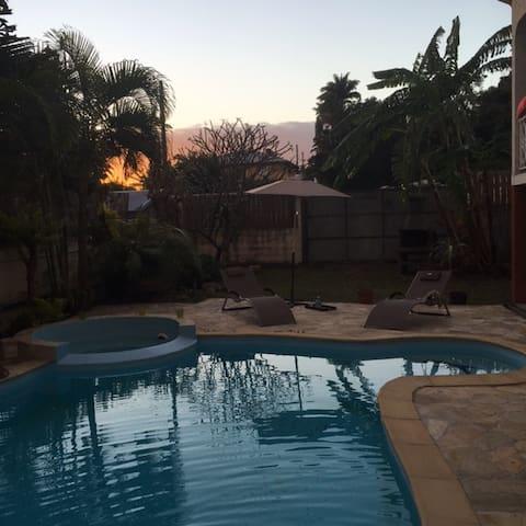 Villa tout confort avec piscine privative - La Ligne des Bambous - Villa