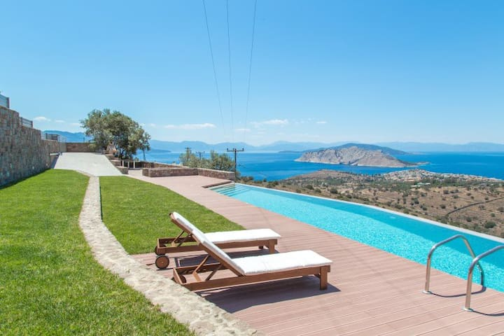 Minimal villa in Aegina with breathtaking sea view - Egina - วิลล่า