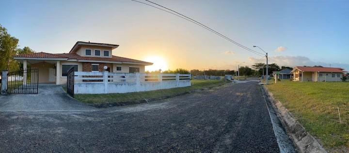Casa en Celaje Chame / Piscina