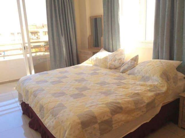 Bedroom 1 - double or 2x singles