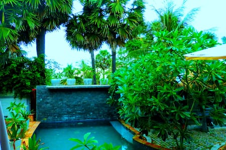 Family Or Group Vacation Stay In Garden Villa+Pool