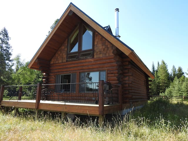 Pronghorn Cabin Near Glacier National Park