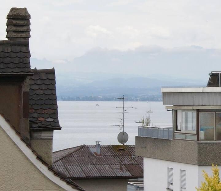Haus Rebstein, (Immenstaad am Bodensee), Doppelzimmer Rose mit WC und Dusche