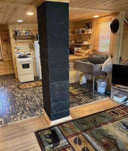 SECLUDED 2 Bedroom 1 Bath home with a TINY HOUSE!