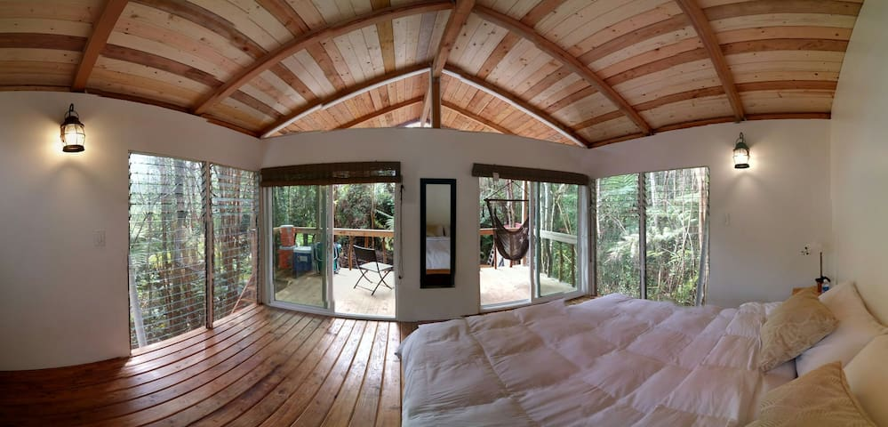 360 Panoramic Treehouse - Mountain View