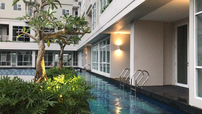 Warm Quiet Stay in Bintaro