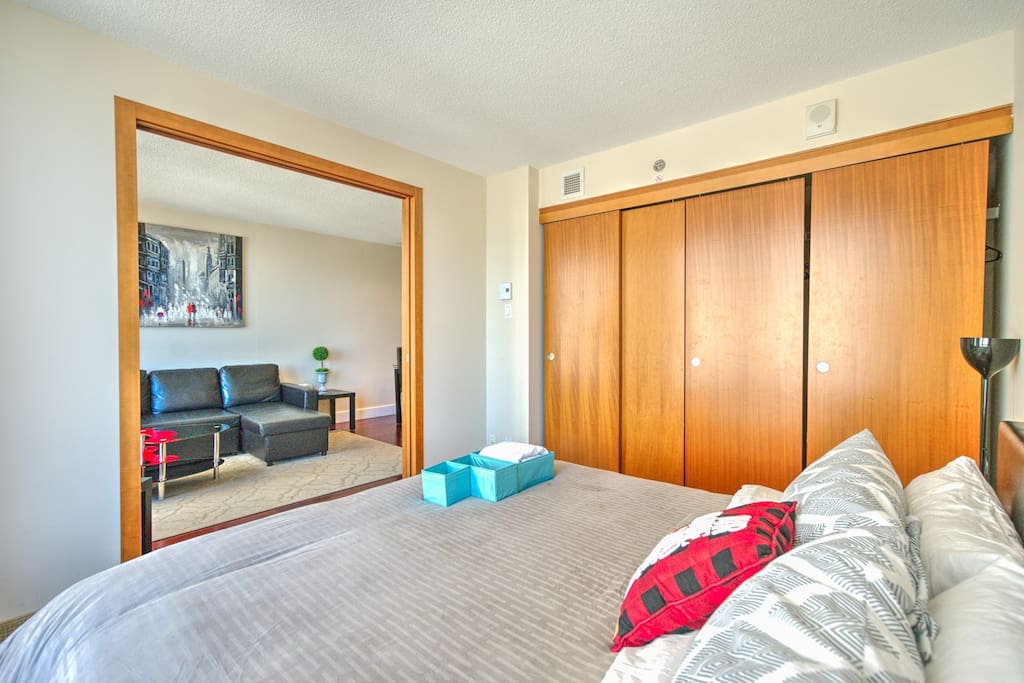 Bedroom+Closet+Salon