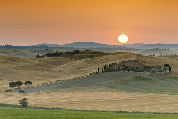 Light Blue - The color of the tuscan's sky