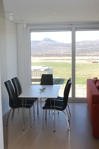 Svartagil, apartment with a beautiful view.
