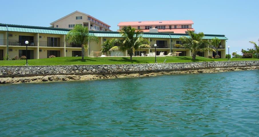 Obera Beach Luxury