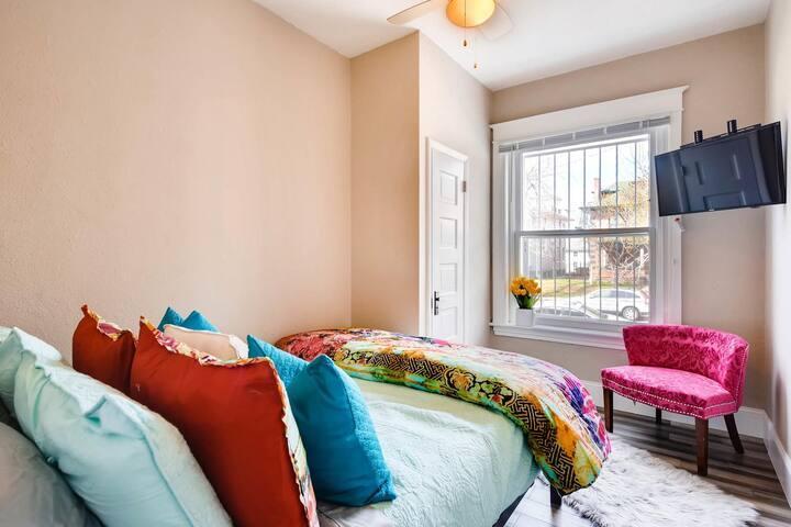 2nd bedroom with heavenly queen bed