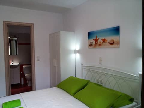 Naxos Diamond Budget Triple Room