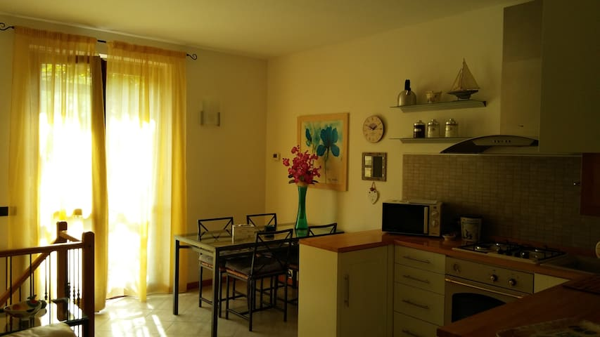 Modern comfortable  3 roomed-flat - San Felice del Benaco - Apartment