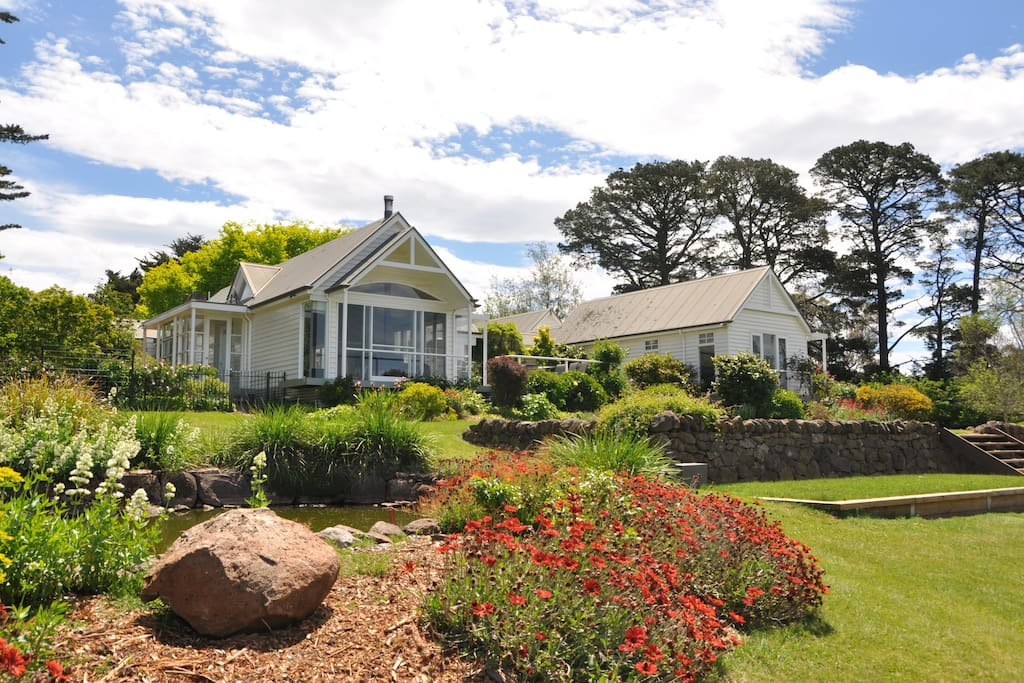 Beautiful gardens with amazing views of the country side