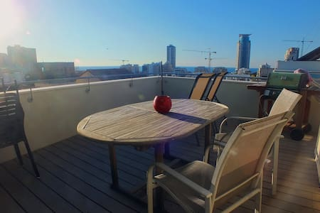 TLV center Sea view Duplex-private room & bathroom - Tel Aviv-Yafo