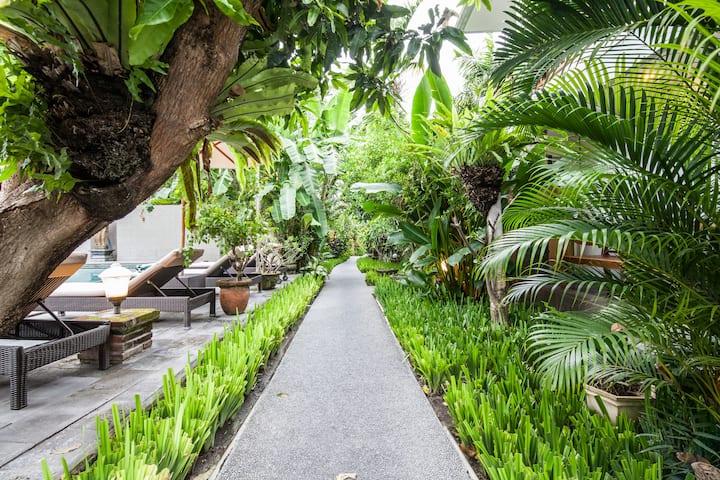 1-Bedroom Garden Bali Style Walk to Legian Beach