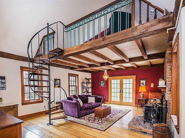 Living room & loft bedroom above