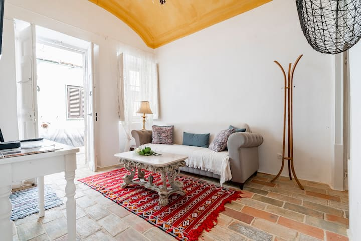 Historical renovated casa - TOP location in Olhão!
