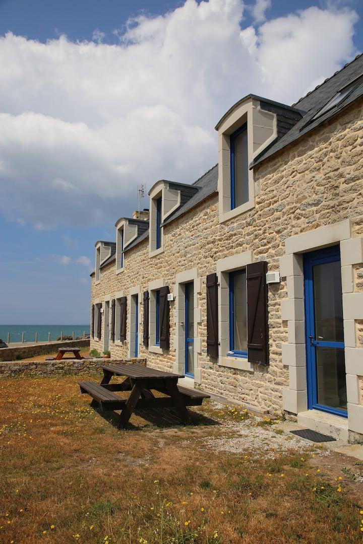 Maison bretonne à Penmarch avec vue mer