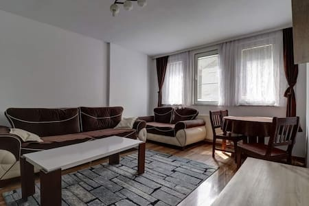 Prishtina - Entire Apartment - up 4 guests