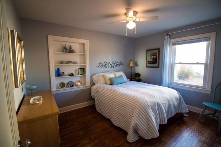Middle or blue bedroom