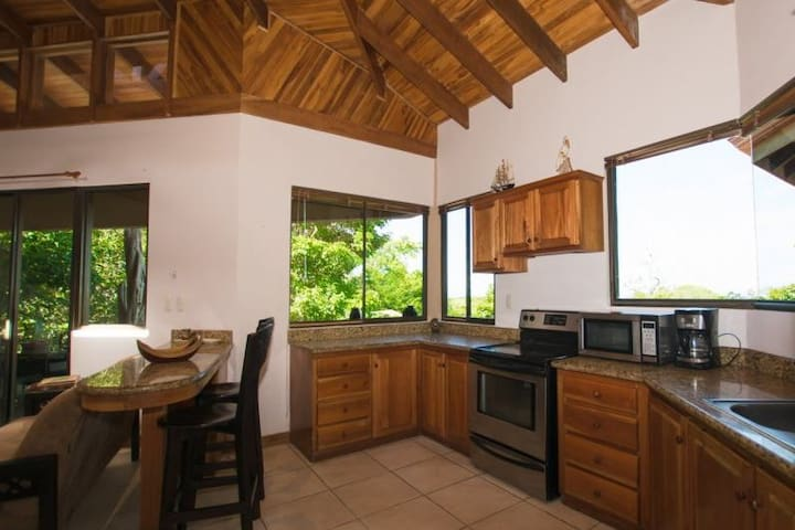 Fabulous 3BR in gorgeous Guanacaste! - Playa Hermosa - Casa