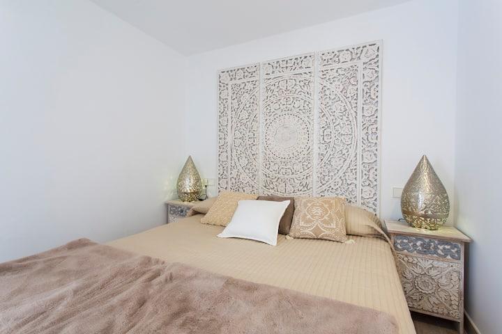 Santa Catalina Romantic Room