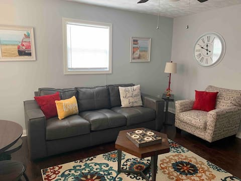 BoHo style in BGKY (corporate style apt)