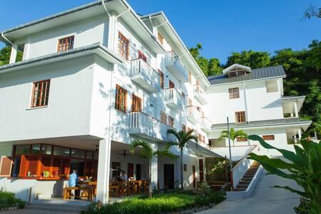 Hilltop Boutique Hotel - Apartments
