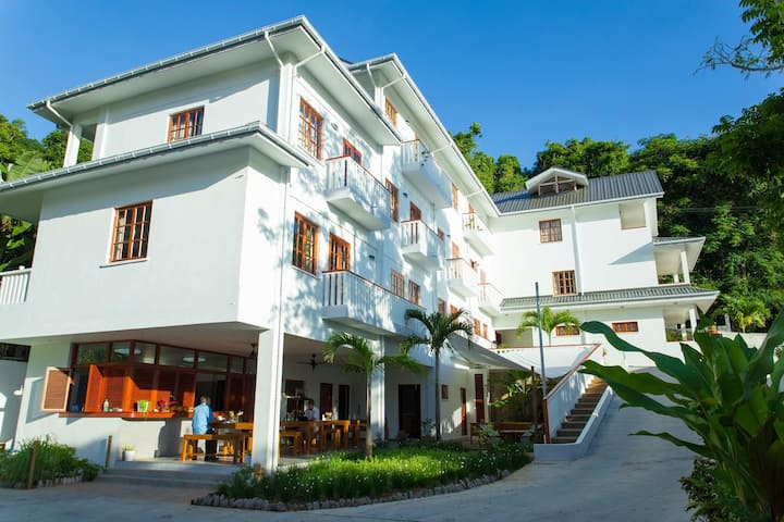 Hilltop Boutique Hotel - Apartments